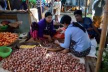 Burma_161118_1057